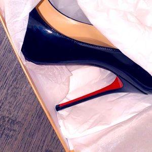 Shoes louboutin size 41